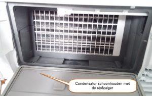 Schoonmaken van de AEG-T76389NAH condensator